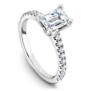 Jewelry - 2.90 ct Emerald and round cut diamonds wedding